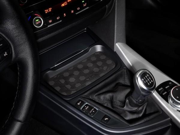 BMW 4er (F32 / F36 / F33 / F82 / F83) Induktive Ladeschale