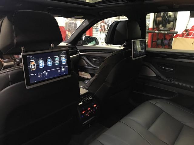 BMW-rear-seat-entertainment-1