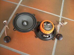 BMW e38 Lautsprecherset vorne-Hertz DSK130