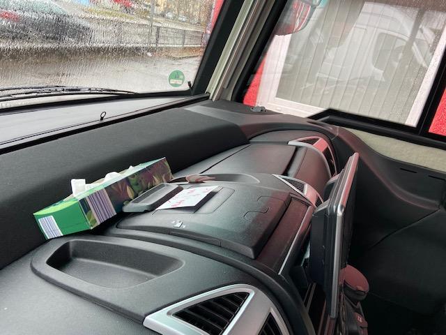 Hymer-grosses-Navigationssystem
