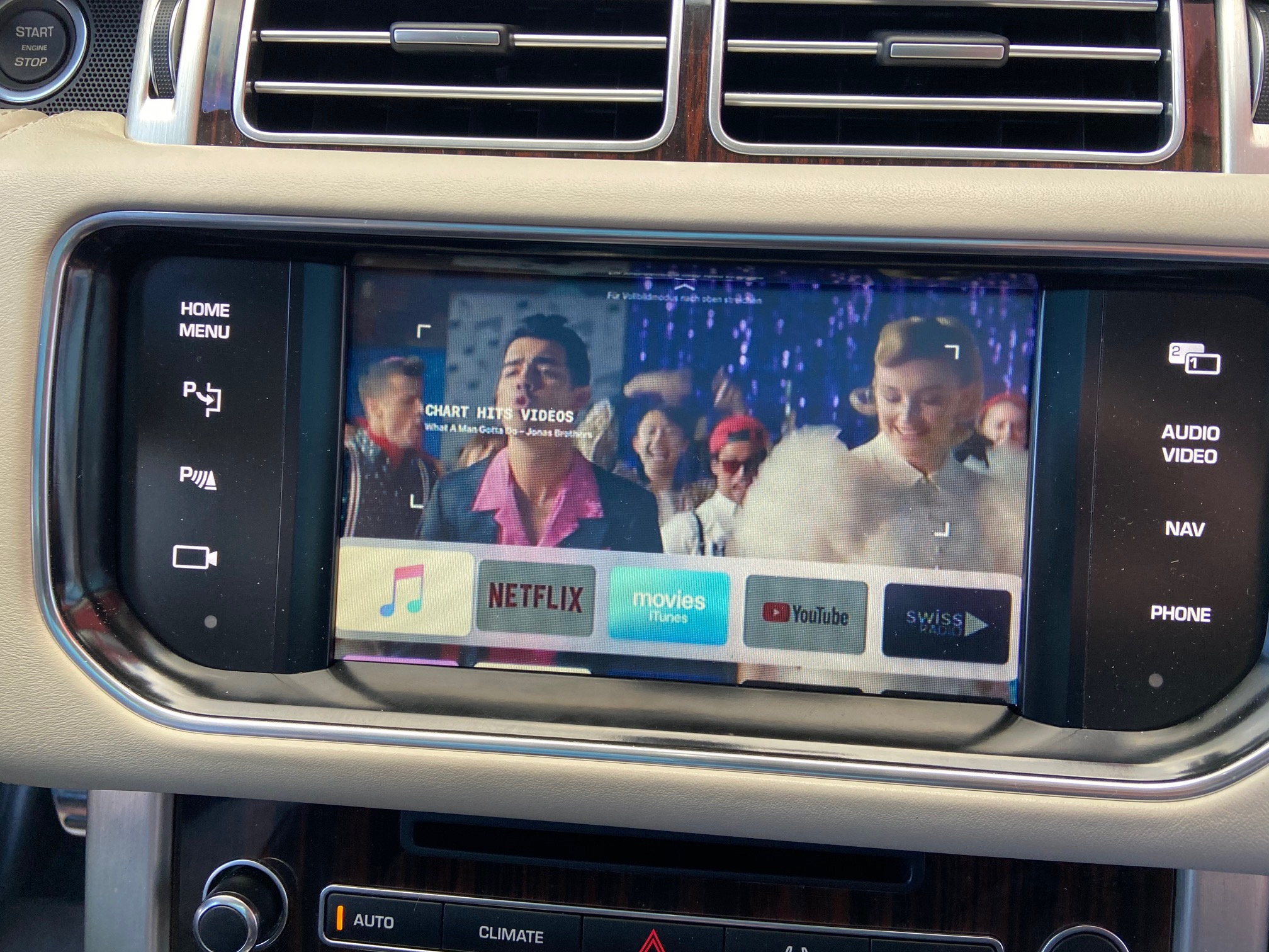 Range-Rover-Apple-TV-Video