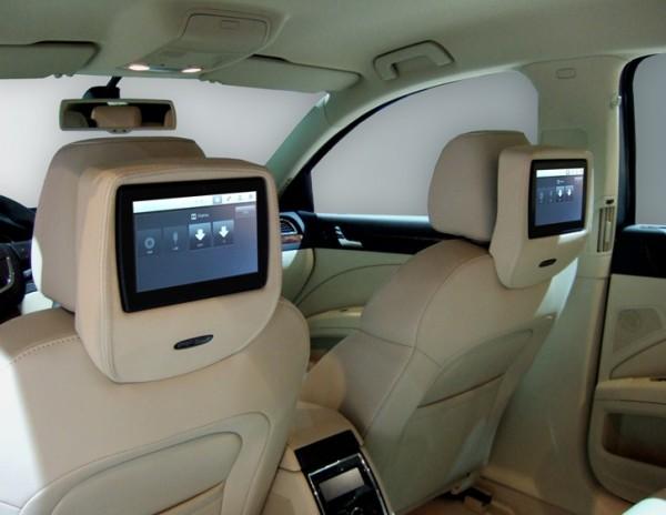 Skoda Superb Rear Seat Entertainment System