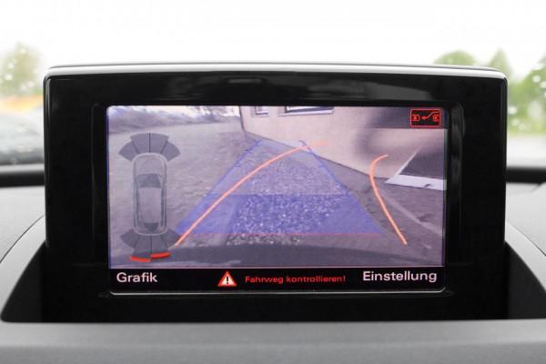 Audi Q3 8U Rückfahrkamera Komplett-Set