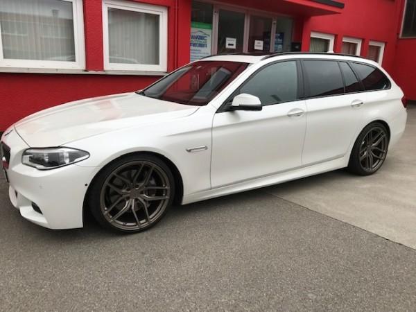 BMW-rear-seat-entertainment
