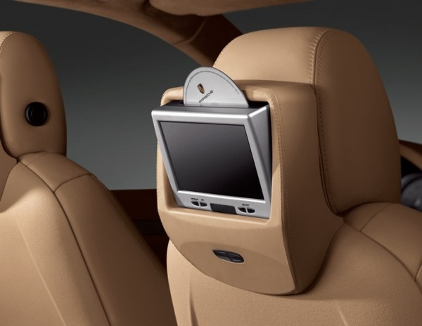 Porsche Cayenne Rear Seat Entertainment System
