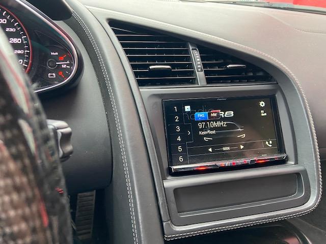 Audi-R8-DAB